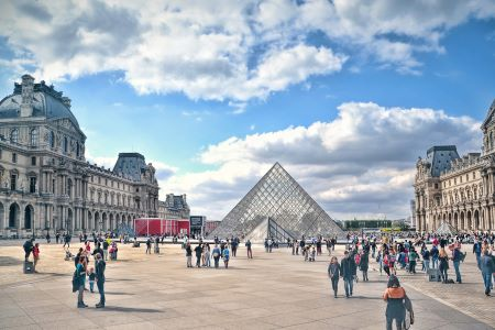 Une visite virtuelle du Louvre possible grâce à l'application mobile