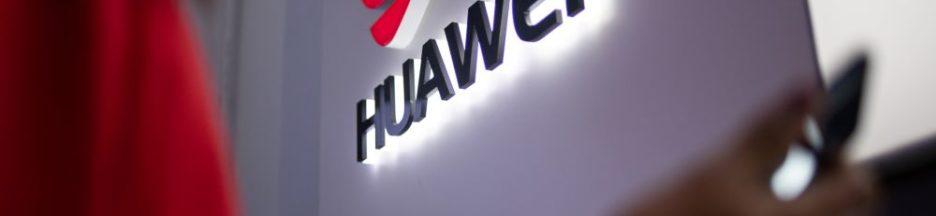 Le chinois Huawei travaillerait sur un nouveau smartphone à écran pliable à clapet.