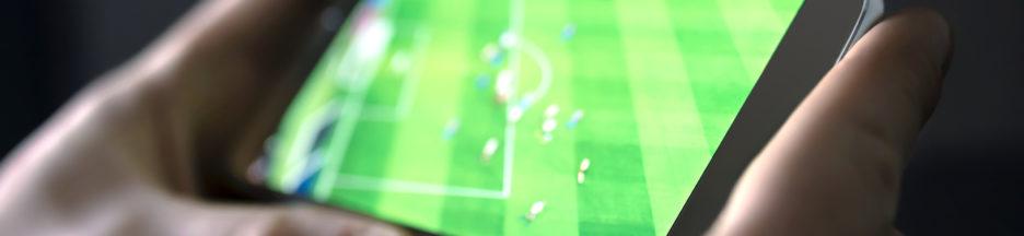 Ligue 1, Free lance une application pour suivre des matchs de football