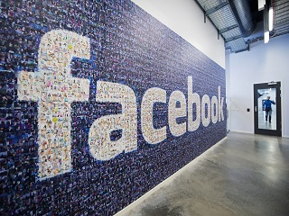 Facebook veut booster le petit commerce